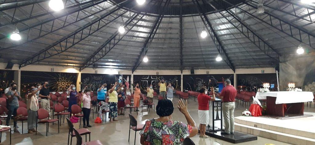 Asamblea de Oración en la Parroquia Cristo Redentor en San Miguelito (2)