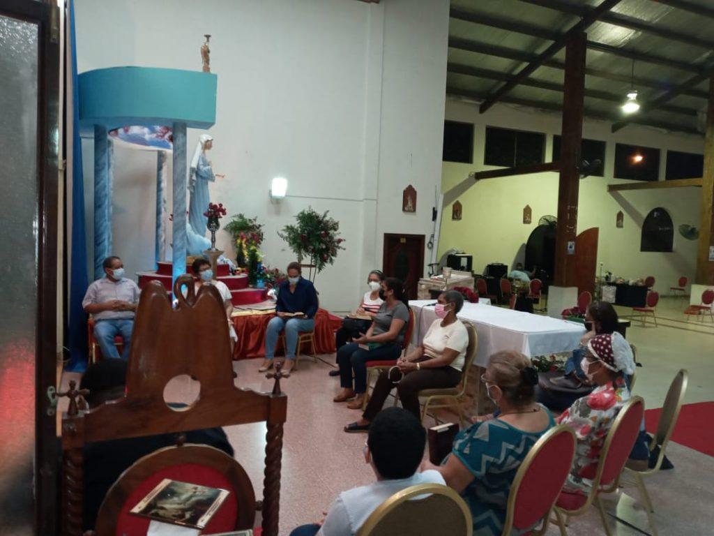 Grupo de Oración María Reina de la Paz (8)