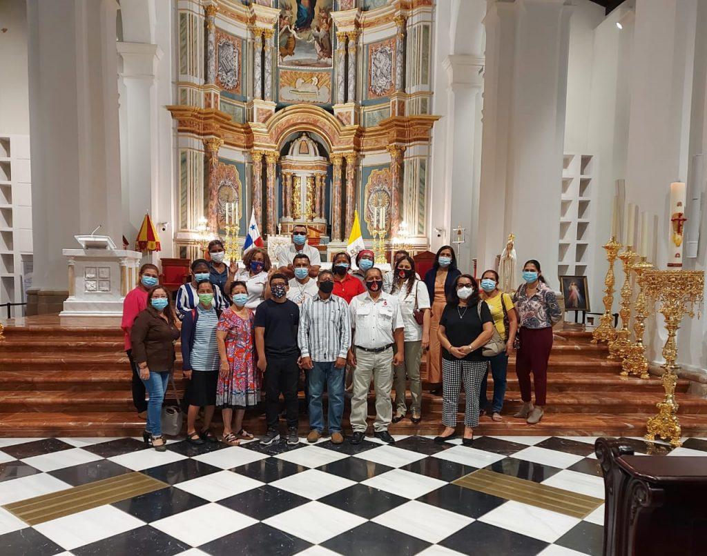 Misa de Pentecostès en la Catedral Santa María La Antigua (1)