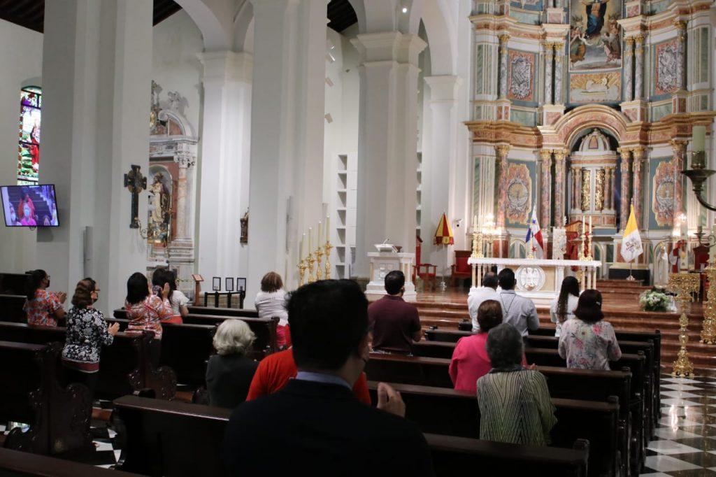 Misa de Pentecostès en la Catedral Santa María La Antigua (4)