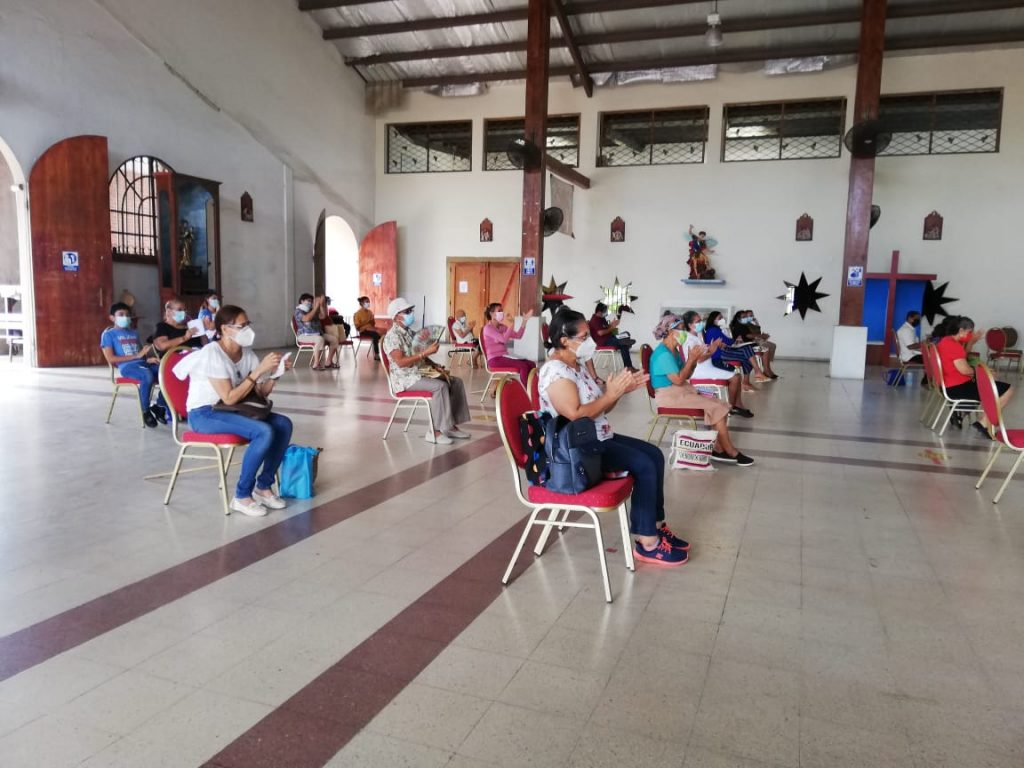 Seminario de Iniciación de Vida en el Espíritu, Parroquia María Reina de La Paz. (3)