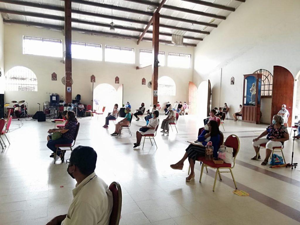 Seminario de Iniciación de Vida en el Espíritu, Parroquia María Reina de La Paz. (6)