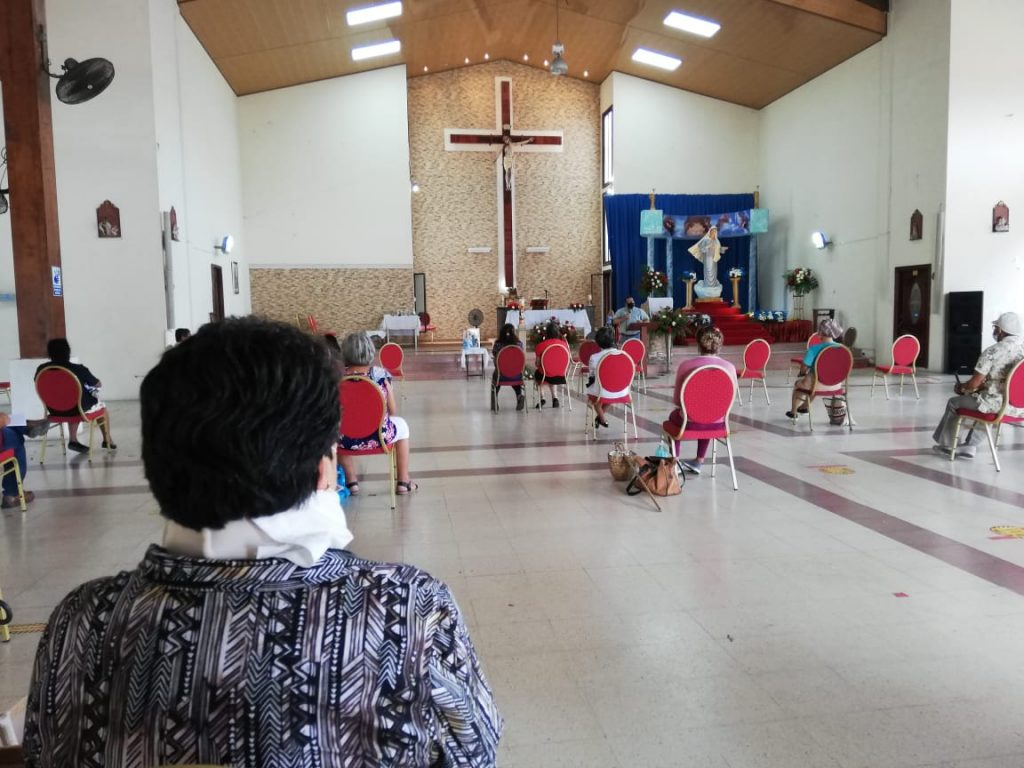 Seminario de Iniciación de Vida en el Espíritu, Parroquia María Reina de La Paz. (8)
