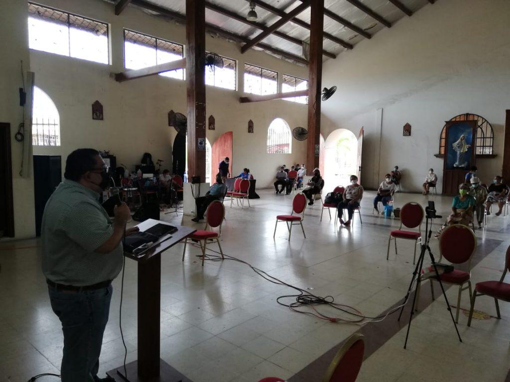 Seminario de Iniciación de Vida en el Espíritu, Parroquia María Reina de La Paz. (9)